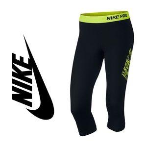 Nike Pro Logo Capri Activewear Pant 9216